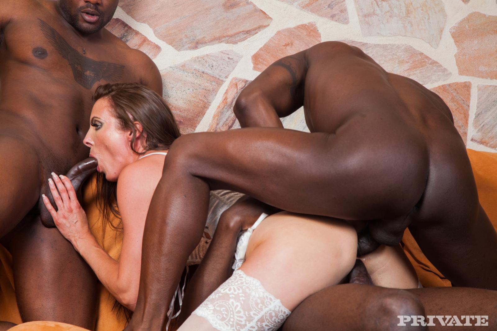 Секс анал группа негры, Анал и секс с неграми: жесткая групповуха порно 5 фотография