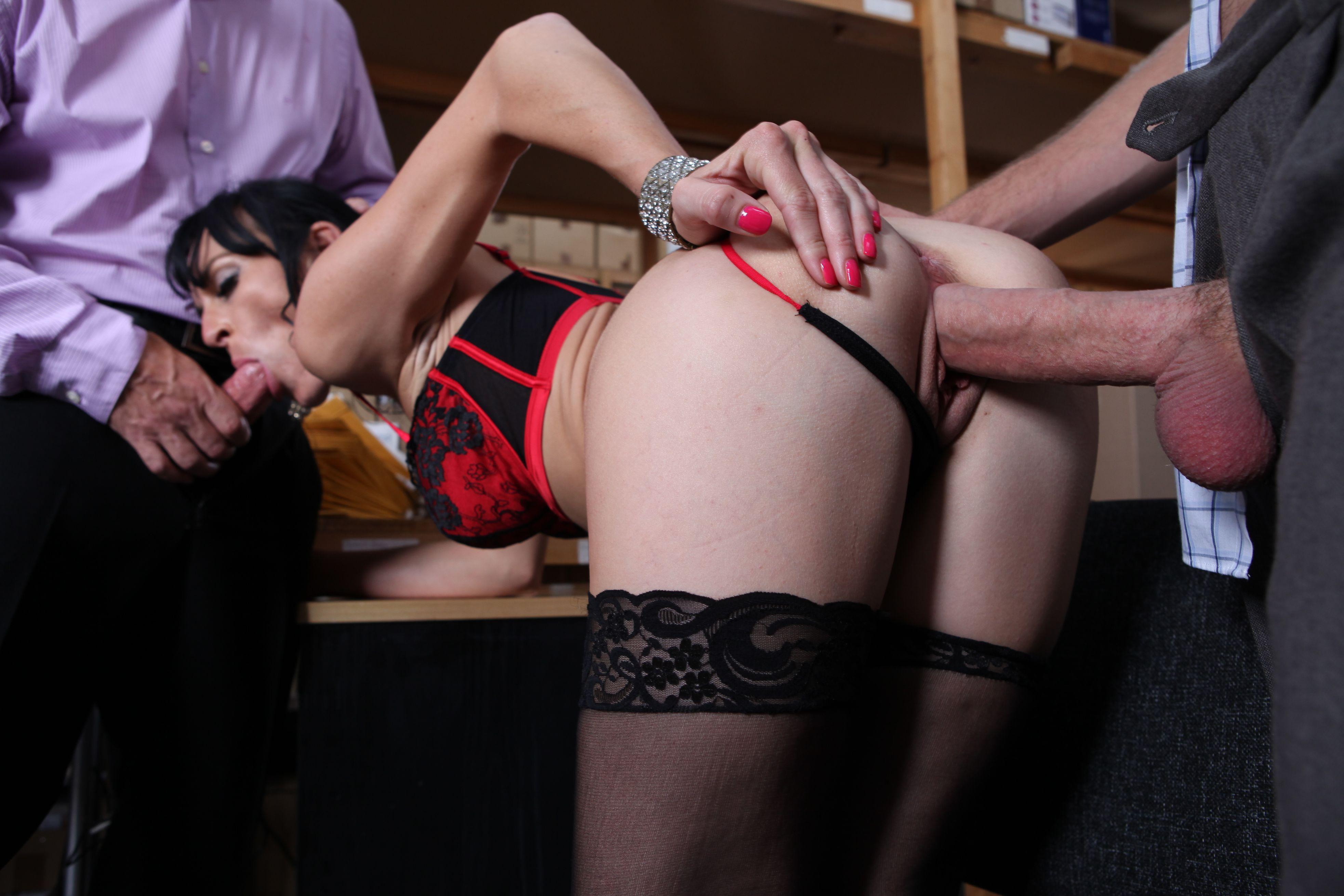 Секс в юбке и колготках, Колготки - порно в нейлоне бесплатно на 24 видео 4 фотография